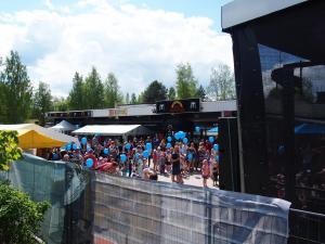 Kengurumeininki DUO yleisöä
