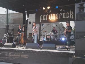 Stevie Ray Vehkakoski & Midnight Blues 3