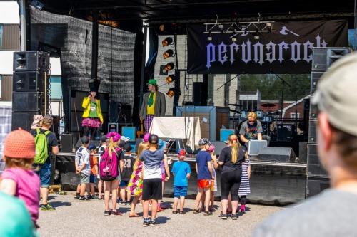 Mukulaperunarock 2019Marian ja Veskun taikashow